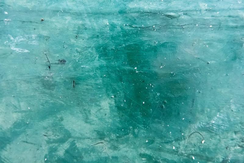 汚い水のイメージ
